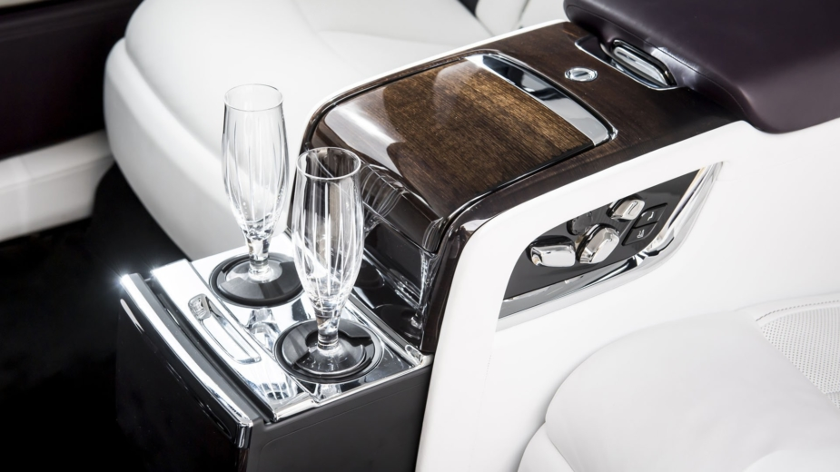 Rolls-Royce Bar