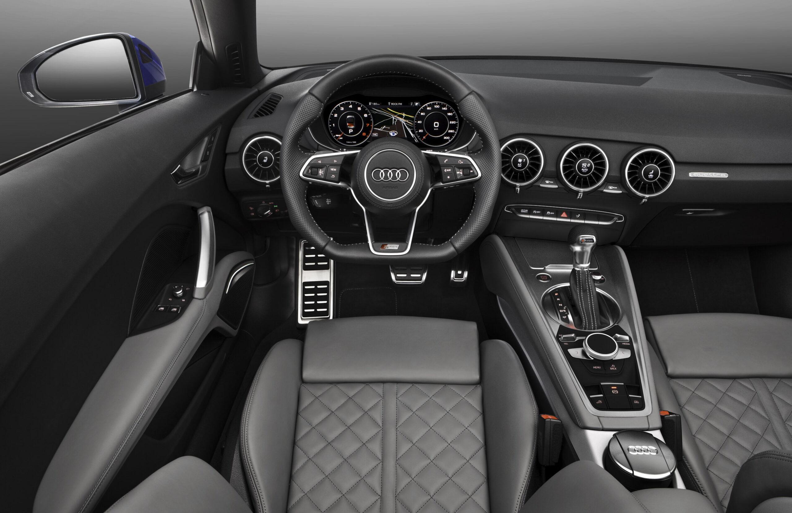 Audi tt interior 2014_1-1