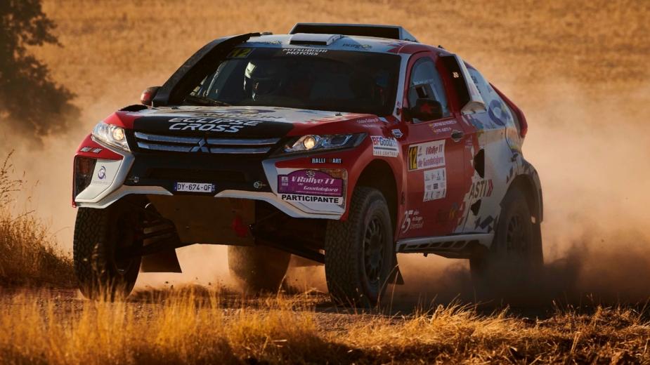 Mitsubishi Eclipse Cross Dakar