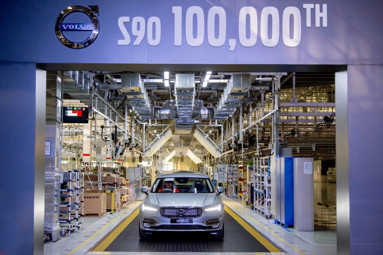 Volvo S90 100 mil unidades