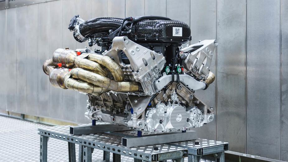 V12 6.5 Aston Martin Valkyrie