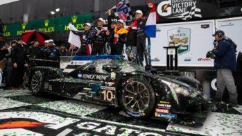 Fernando Alonso,Renger van der Zande, Kamui Kobayashi e Jordan Taylor venceram as 24 Horas de Daytona ao volante do Cadillac DPi
