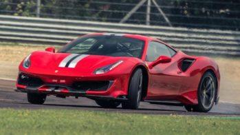 Ferrari 488 Pista com Chris Harris ao volante