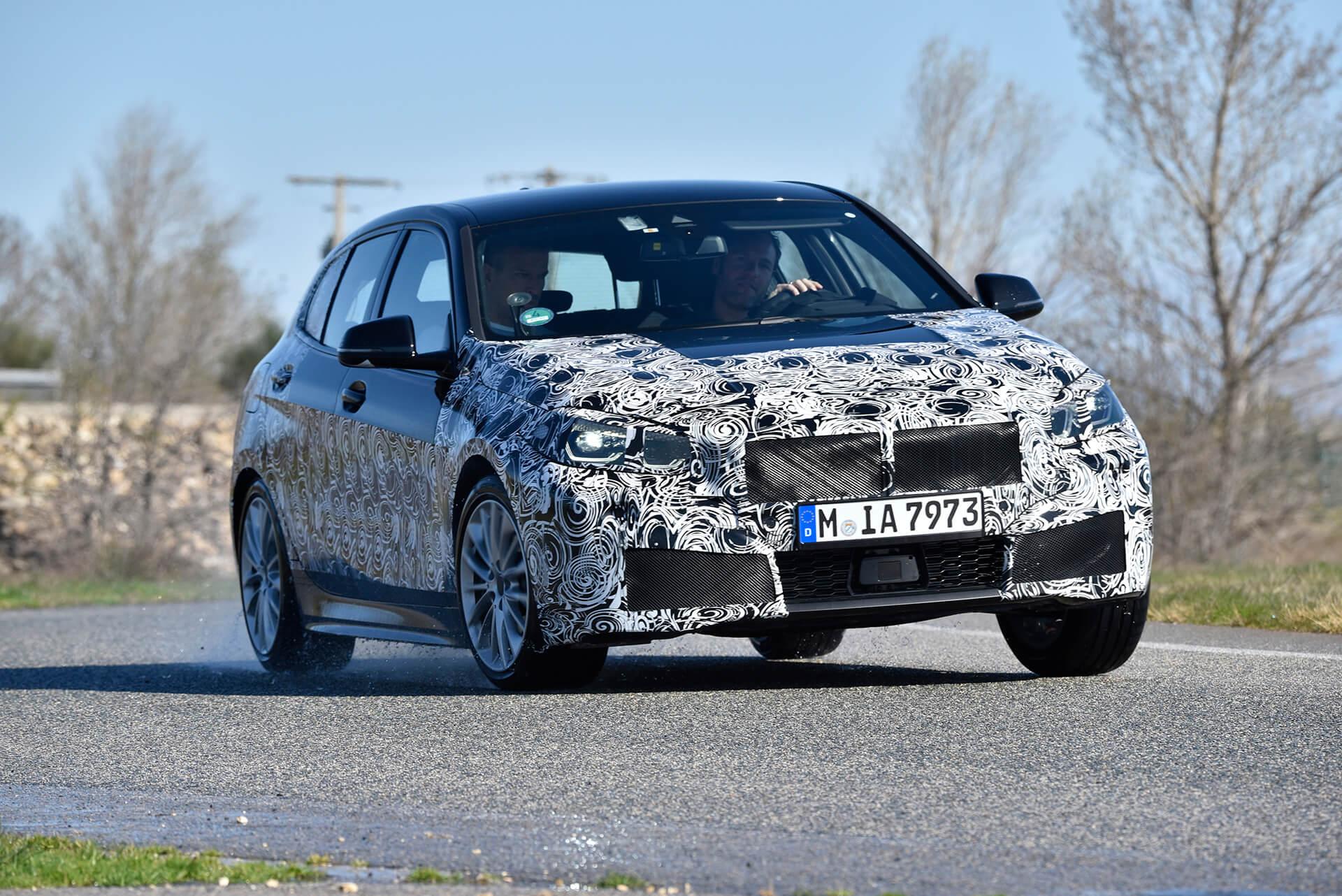 BMW Série 1 F40, 2019, espia