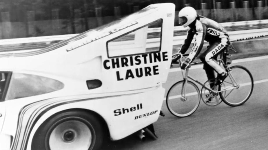 Porsche 935 e Jean-Claude Rude na tentativa de bater recorde de velocidade