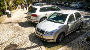 Estacionamento em espinha