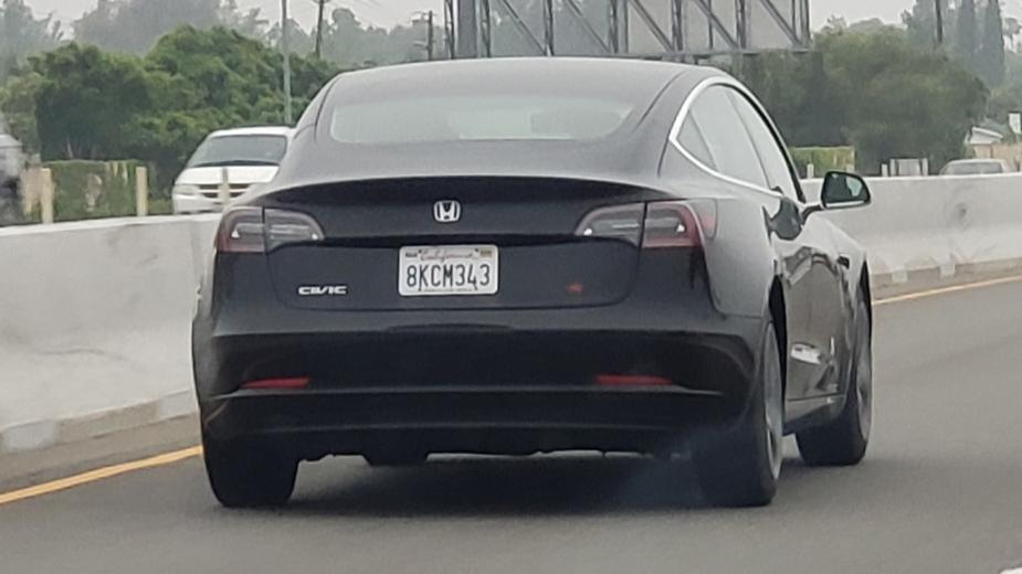 Tesla Model 3 Honda Civic
