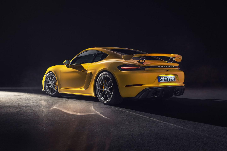 Porsche 718 Cayman GT4, 2019