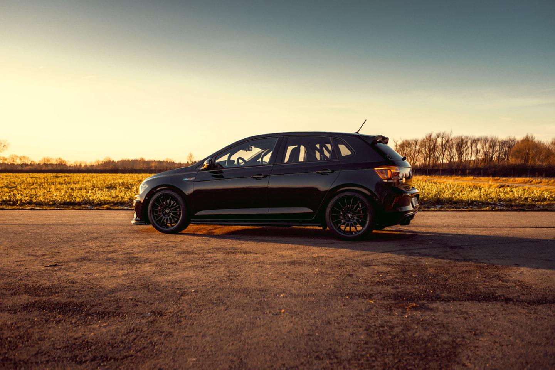 Siemoneit-Racing-Volkswagen-Polo-GTI_9-1
