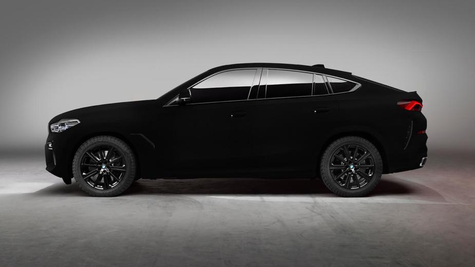 BMW X6 Vantablack