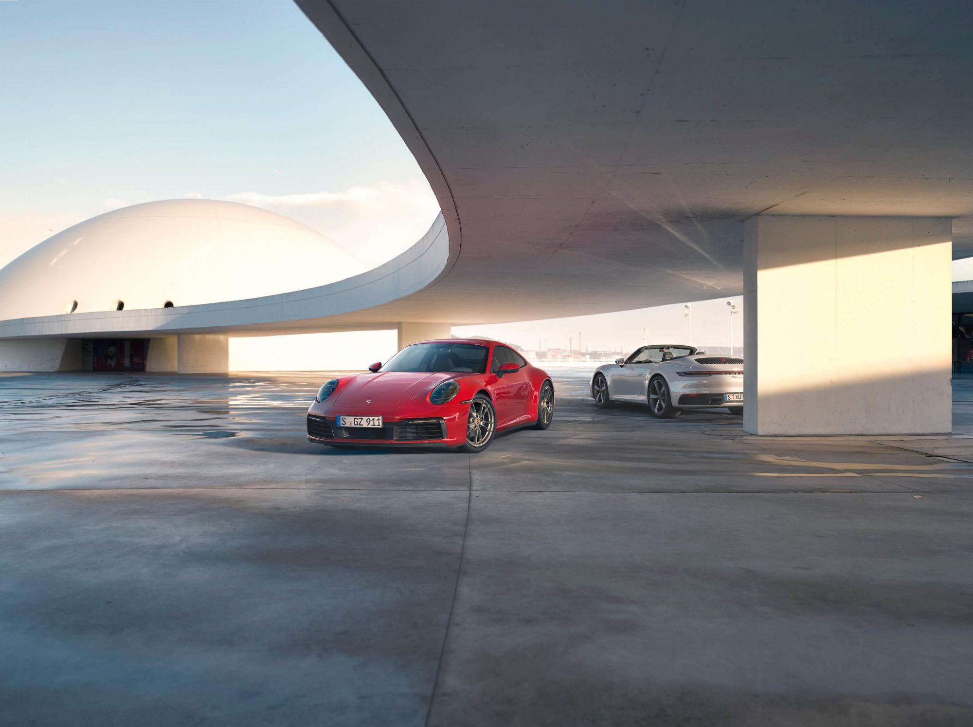 Porsche 911 Carrera 4 Coupé e Cabriolet