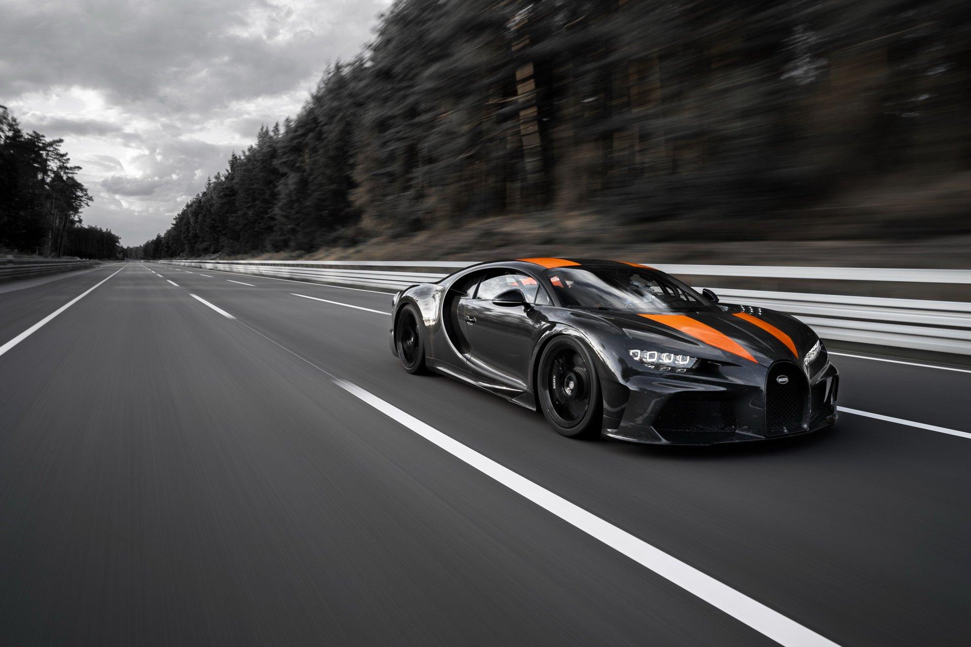 Bugatti Chiron, 490 km/h
