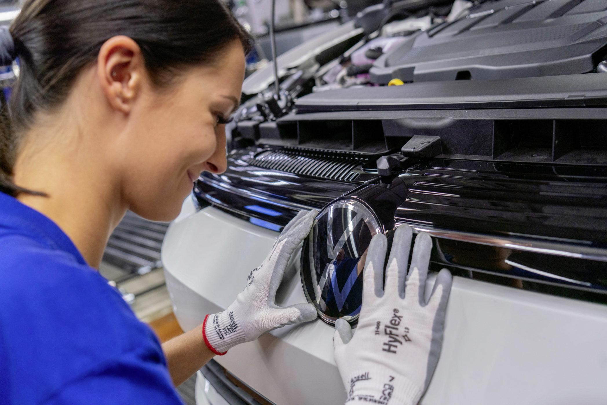 Volkswagen Golf 8 linha de produção