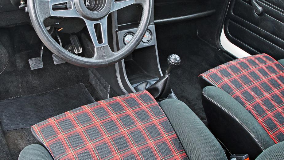 Volkswagen Golf GTI I
