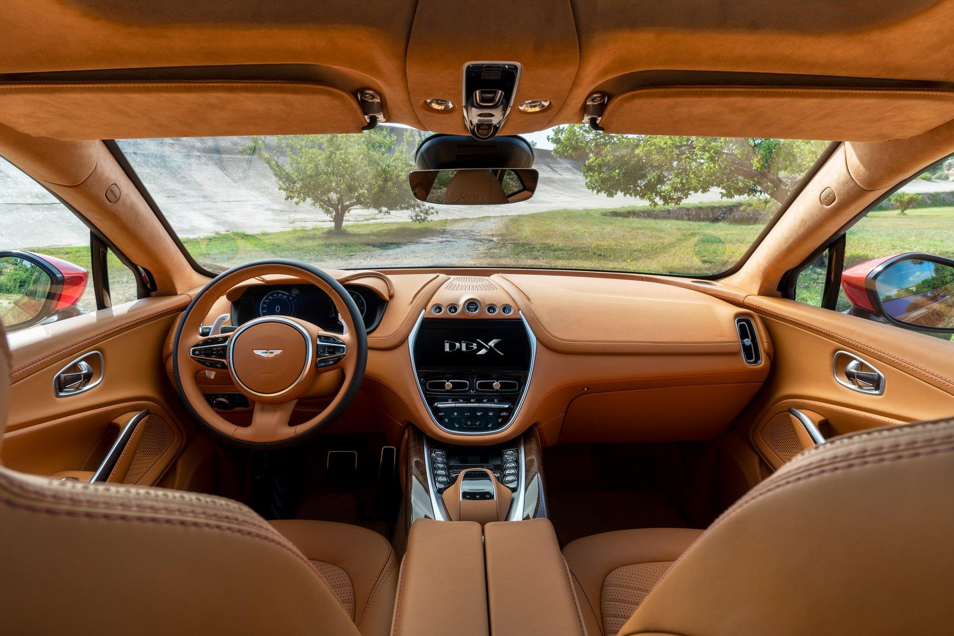 Aston Martin Nao Resiste A Febre Suv E Apresenta Novo Dbx