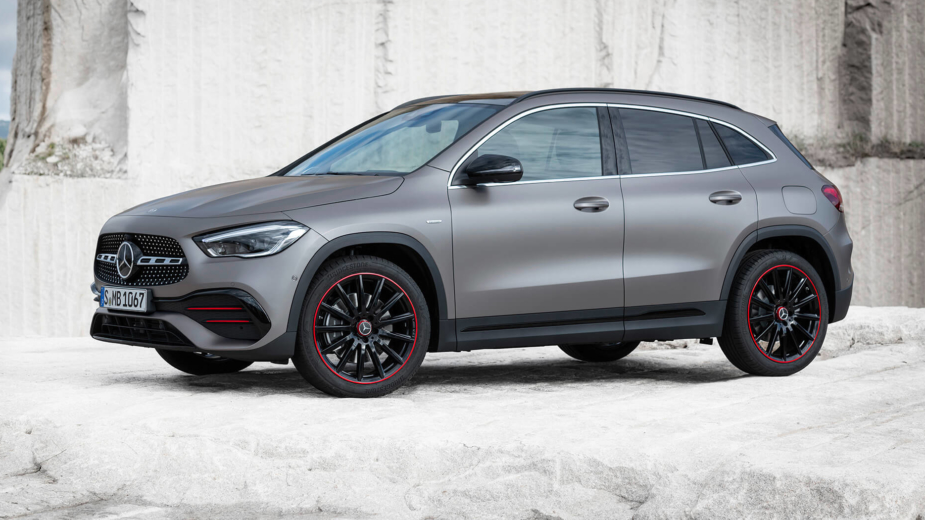 Mercedes-Benz_GLA