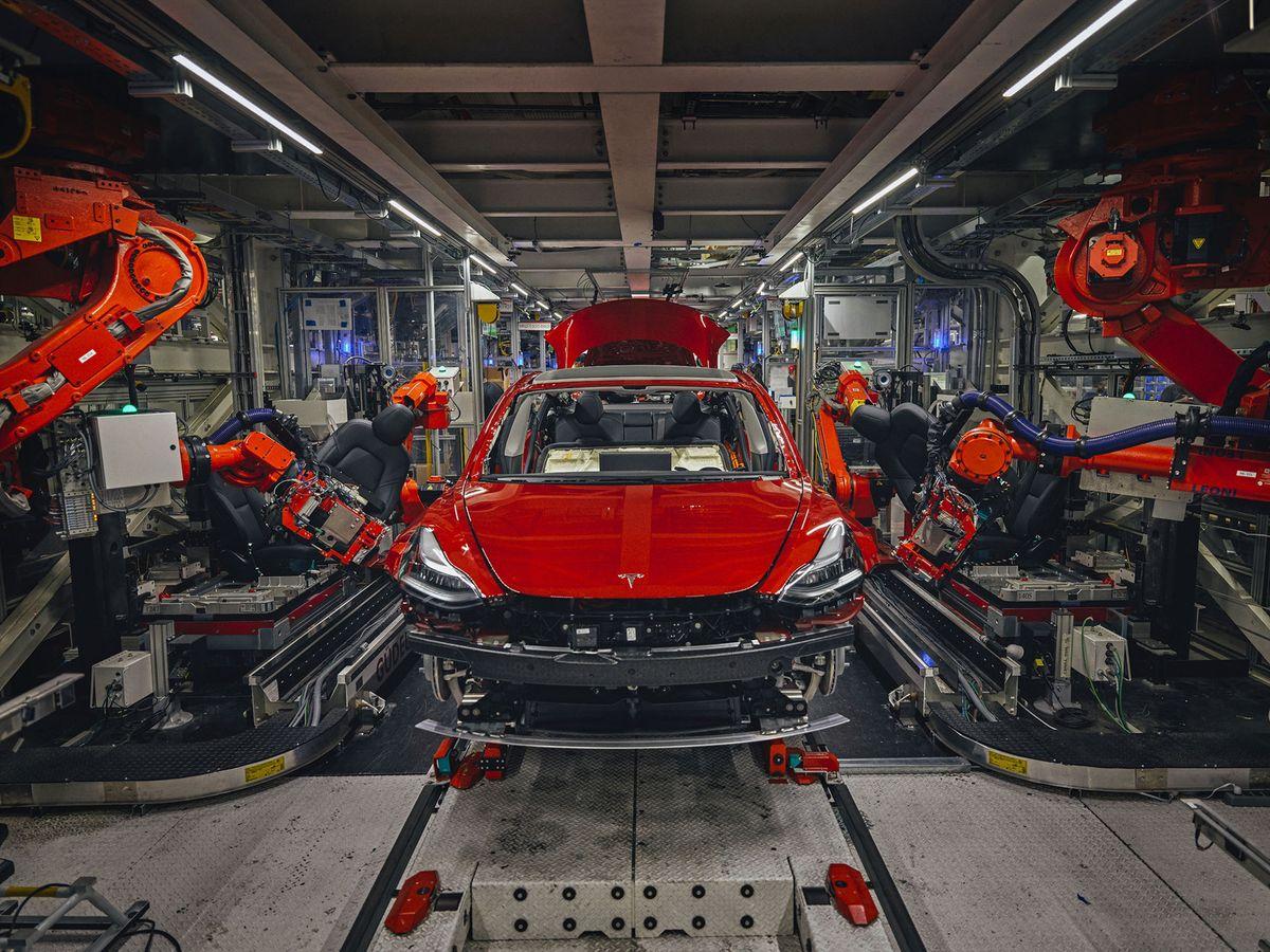 Tesla Model 3, linha de produção em Fremont