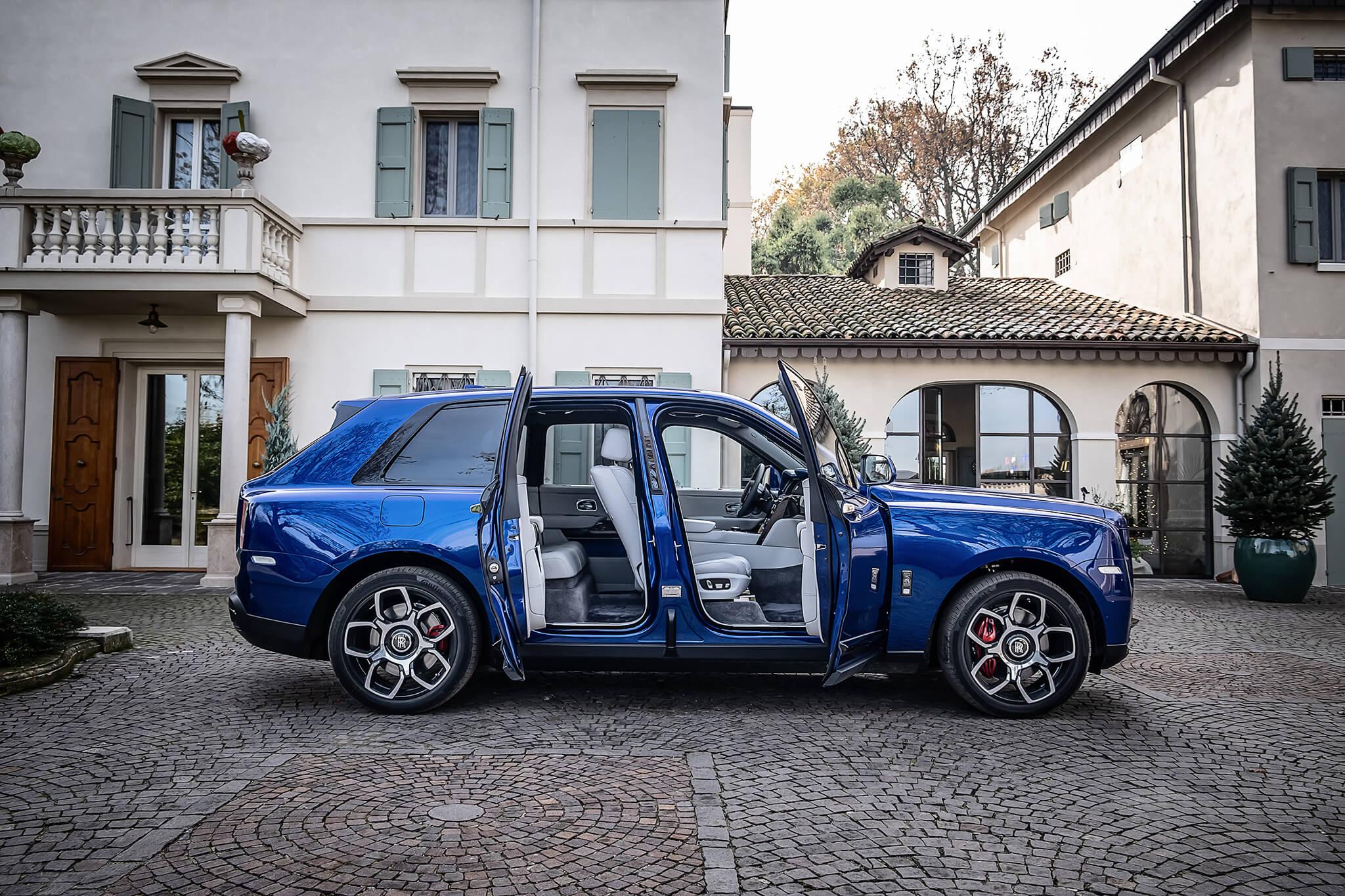 Há luxo e depois… há luxo. Ao volante do Cullinan Black Badge, o SUV mais  exclusivo do mundo – Razão Automóvel