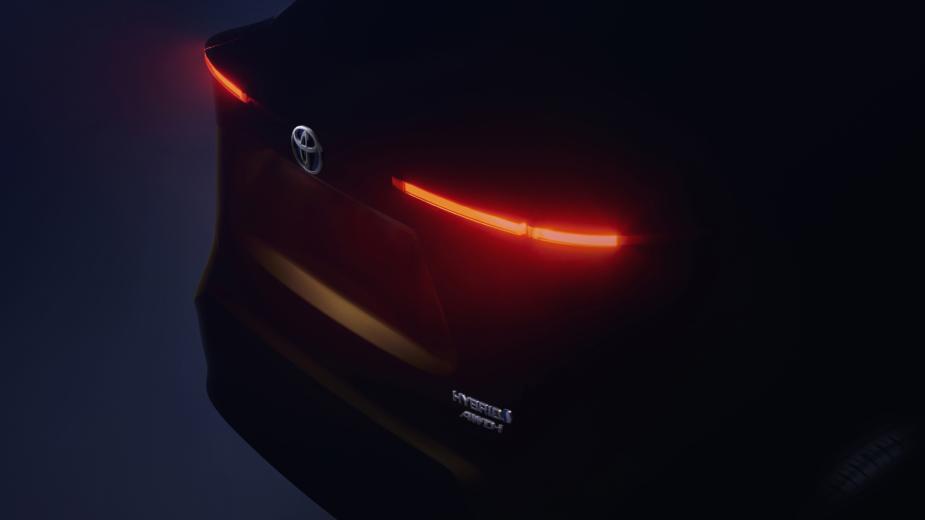 Toyota B-SUV teaser