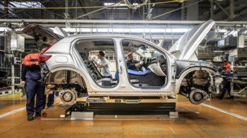 Volvo XC40, linha de produção