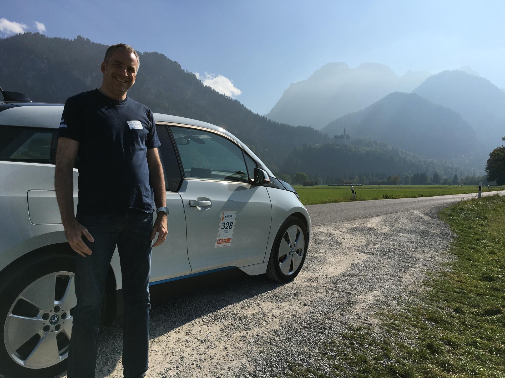 Helmut Neumann e o seu BMW i3