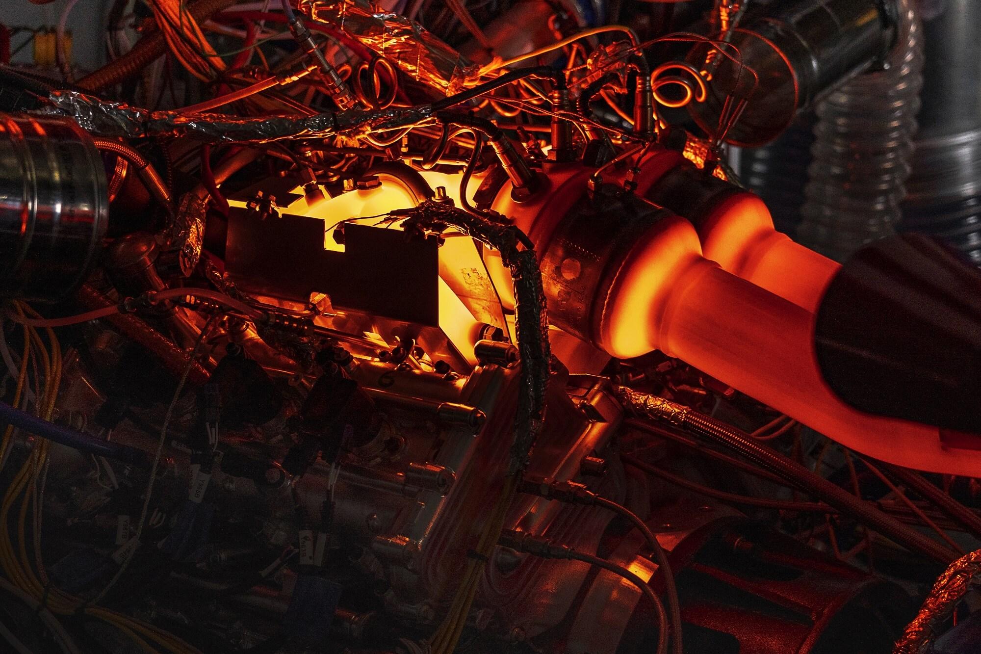 Motor V6 Aston MArtin