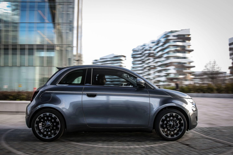 """Fiat 500 """"la Prima"""" 2020"""