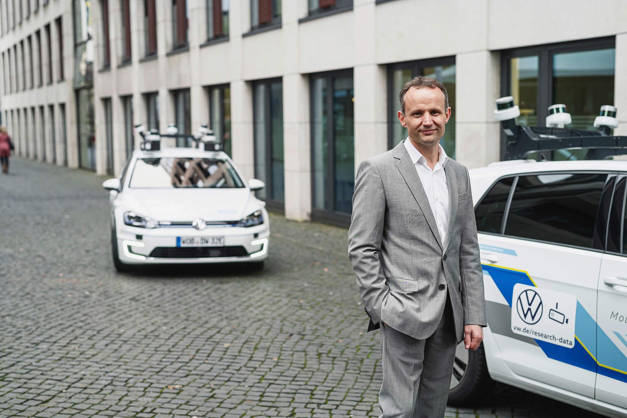 Alexander Hitzinger, vice-presidente senior do departamento de Condução Autónoma no Grupo Volkswagen e Chief Brand Officer de desenvolvimento técnico de veículos comerciais da Volkswagen