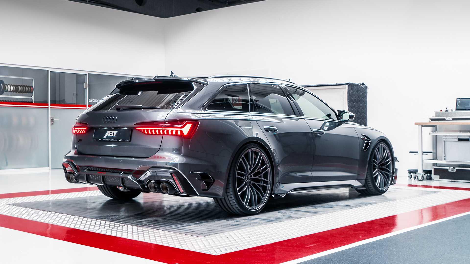 Audi RS6-R