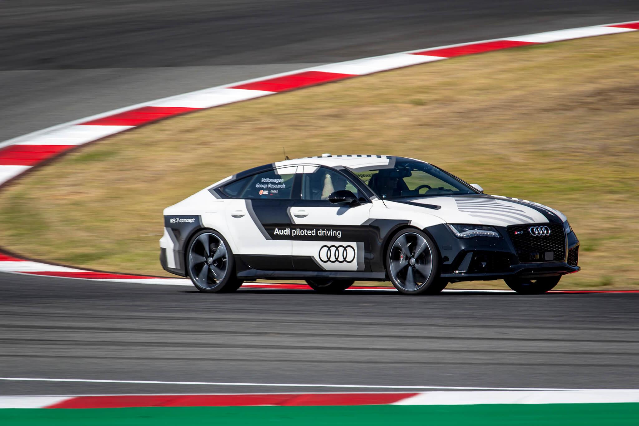 Audi RS 7 Carro-robô