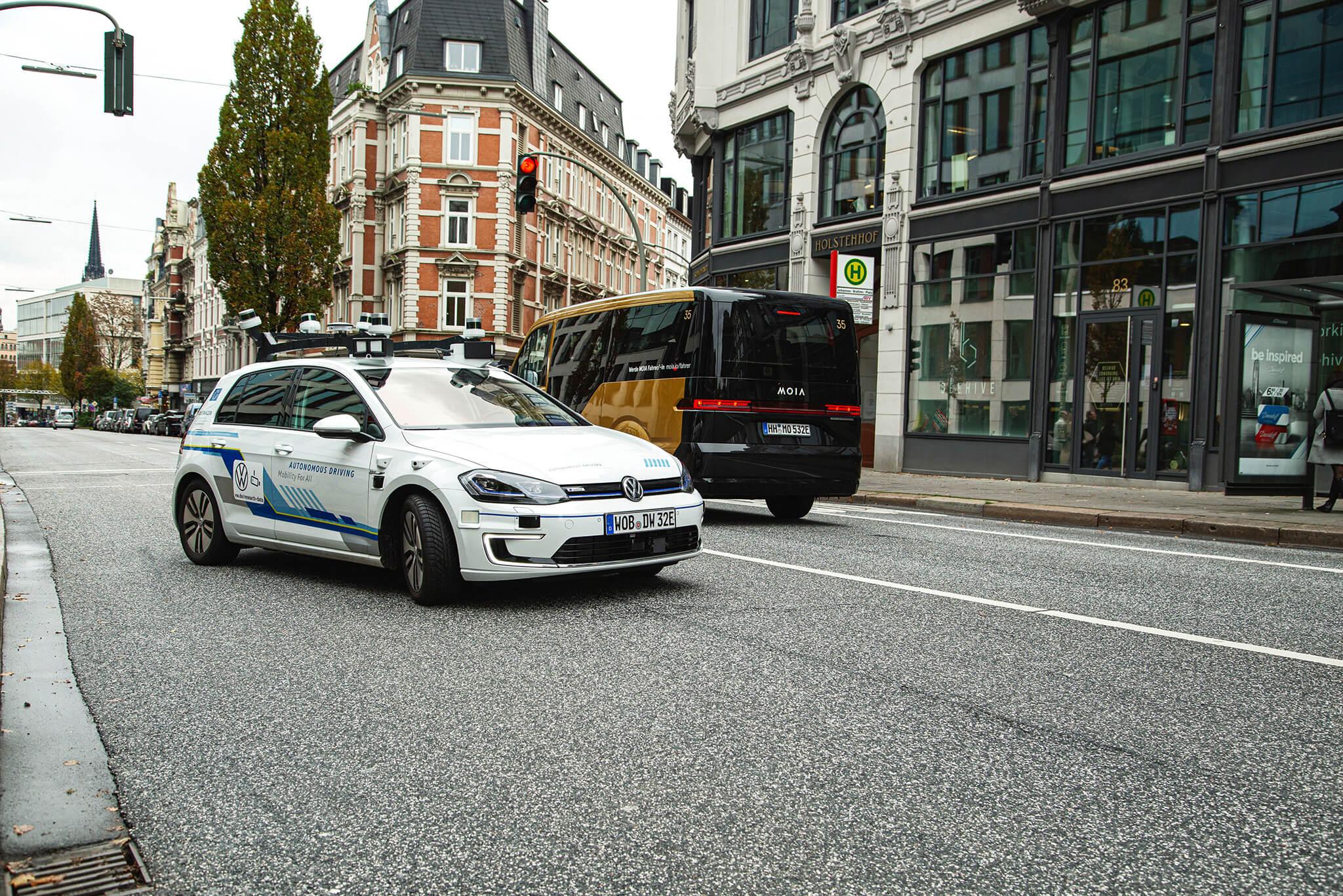 Volkswagen e-Golf carro-robô
