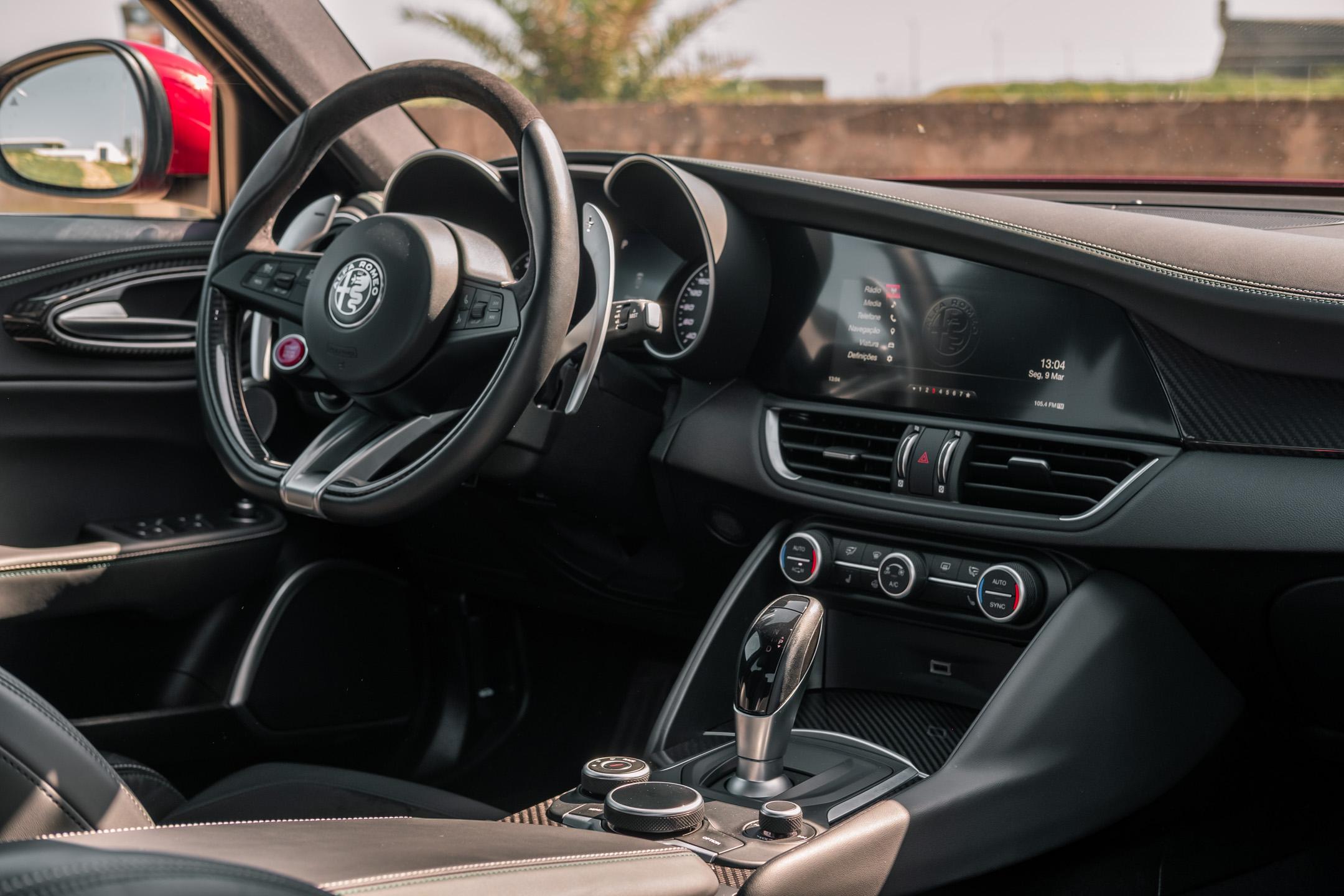 Alfa Romeo Giulia Quadrifoglio Um Teste A Engenharia E Beleza Italiana