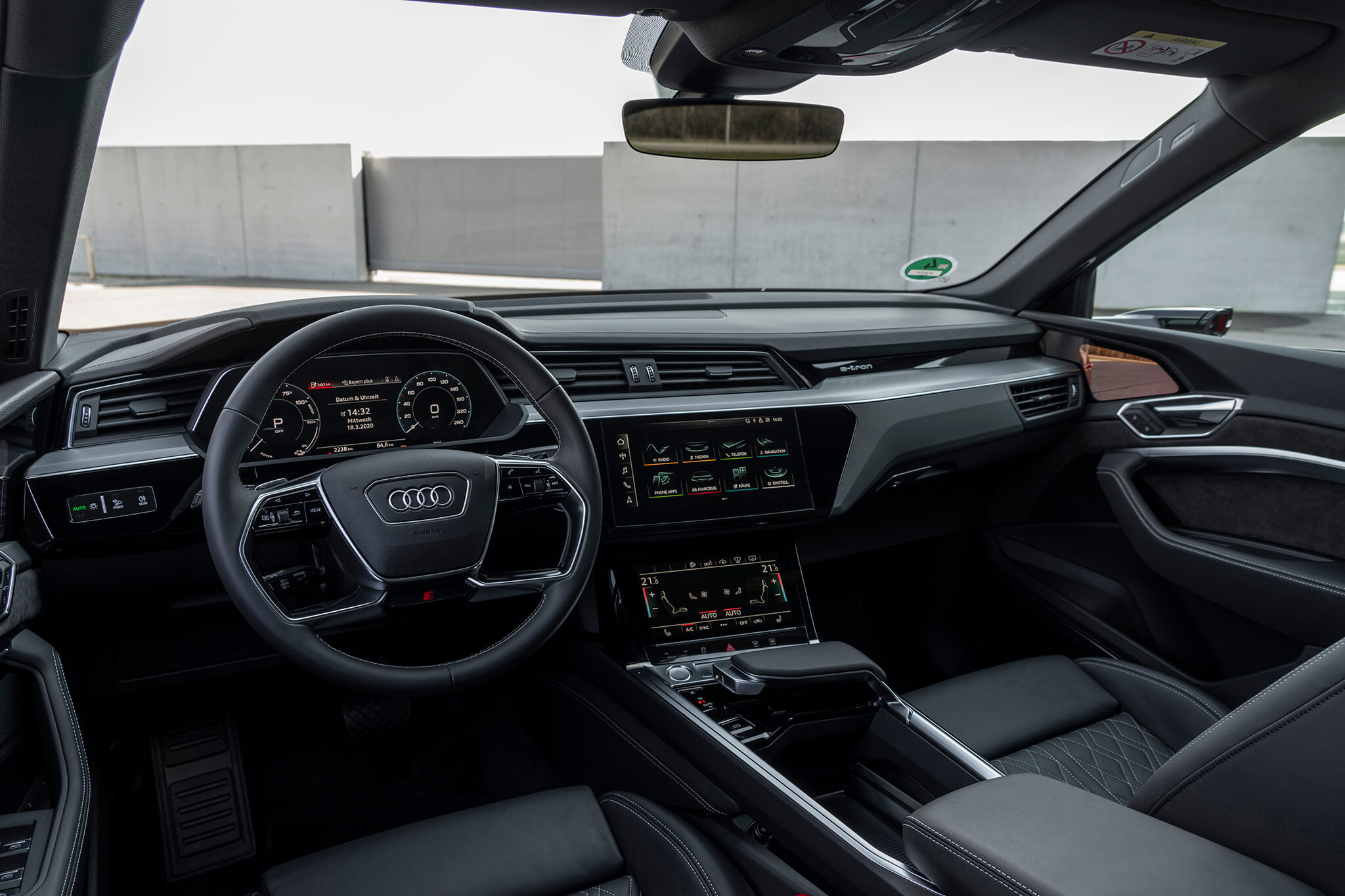 Interior do Audi e-tron