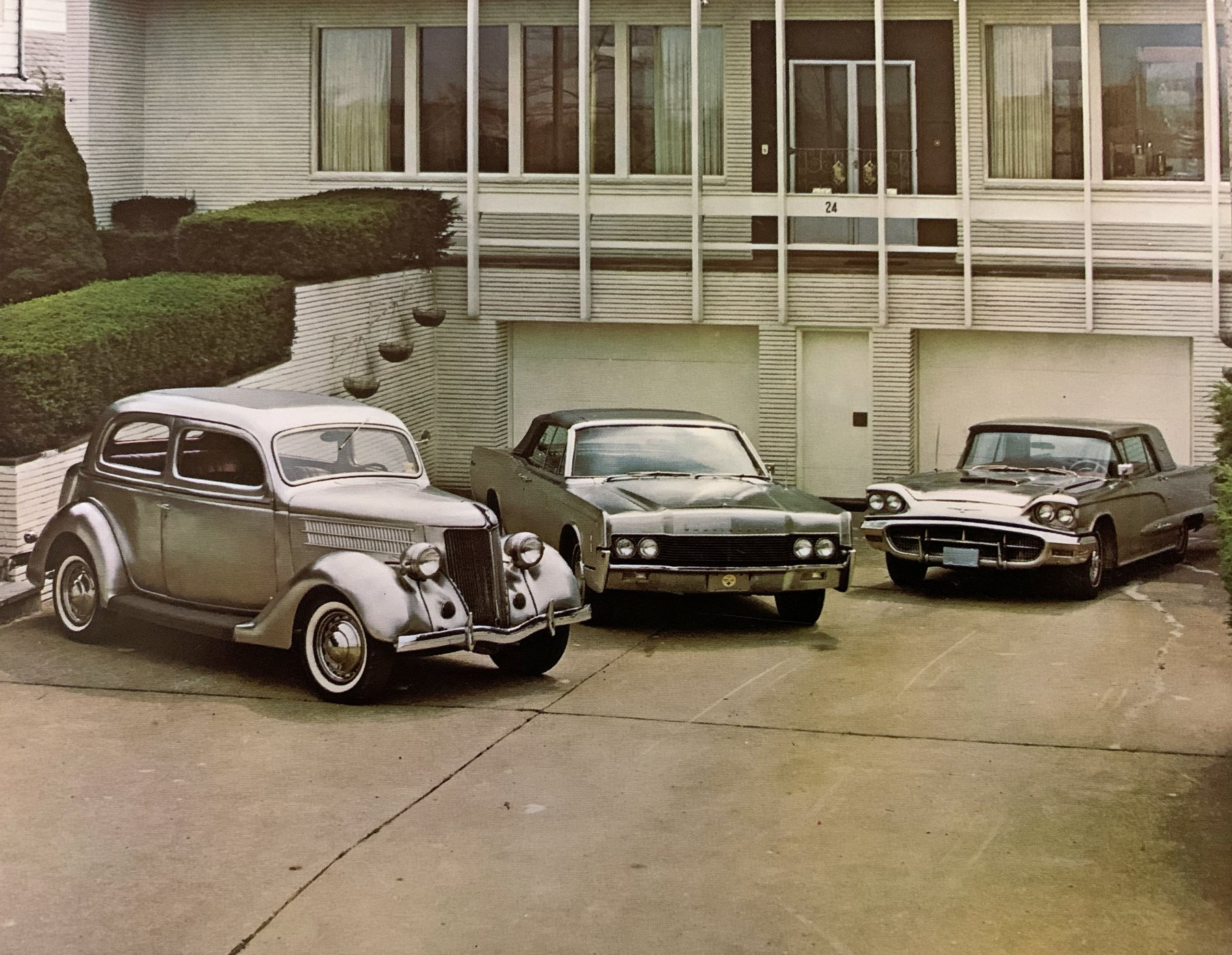 Modelos Ford em aço inoxidável