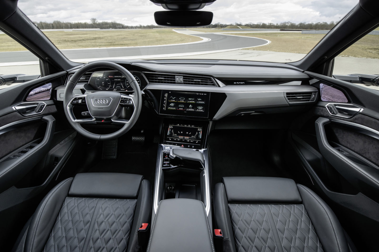Interior do Audi e-tron Sportback