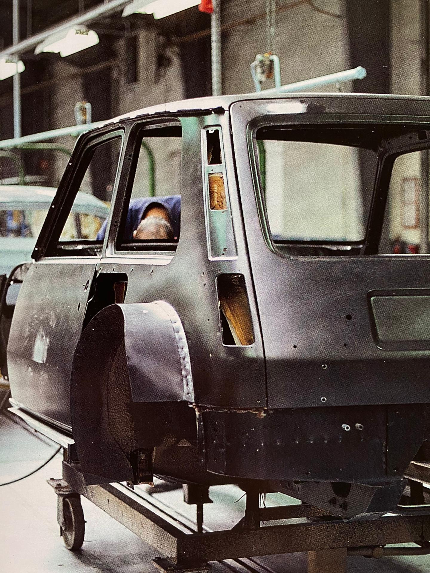 Renault 5 Turbo, Linha de montagem