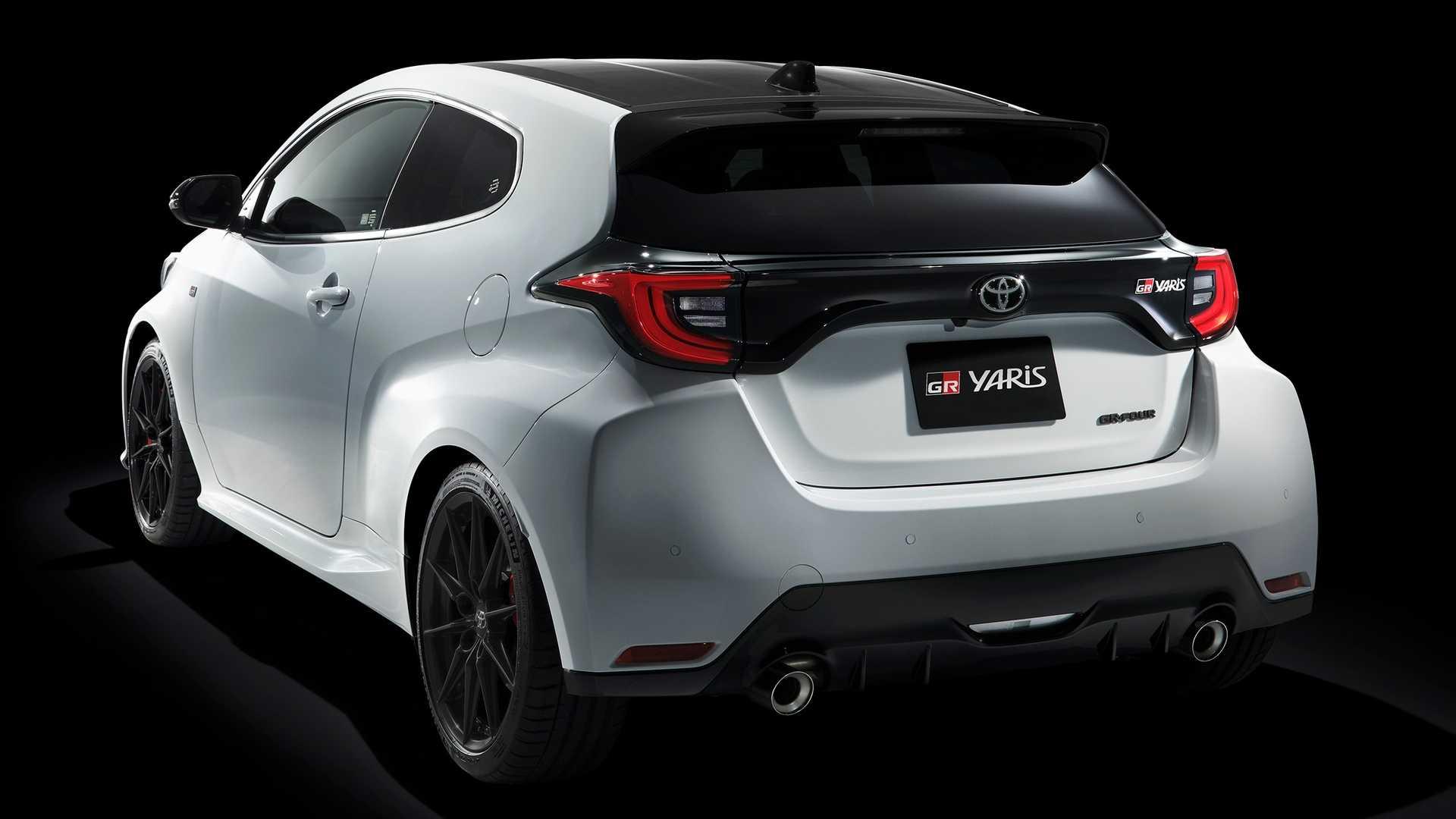 TRASEIRA Toyota GR YARIS 2020