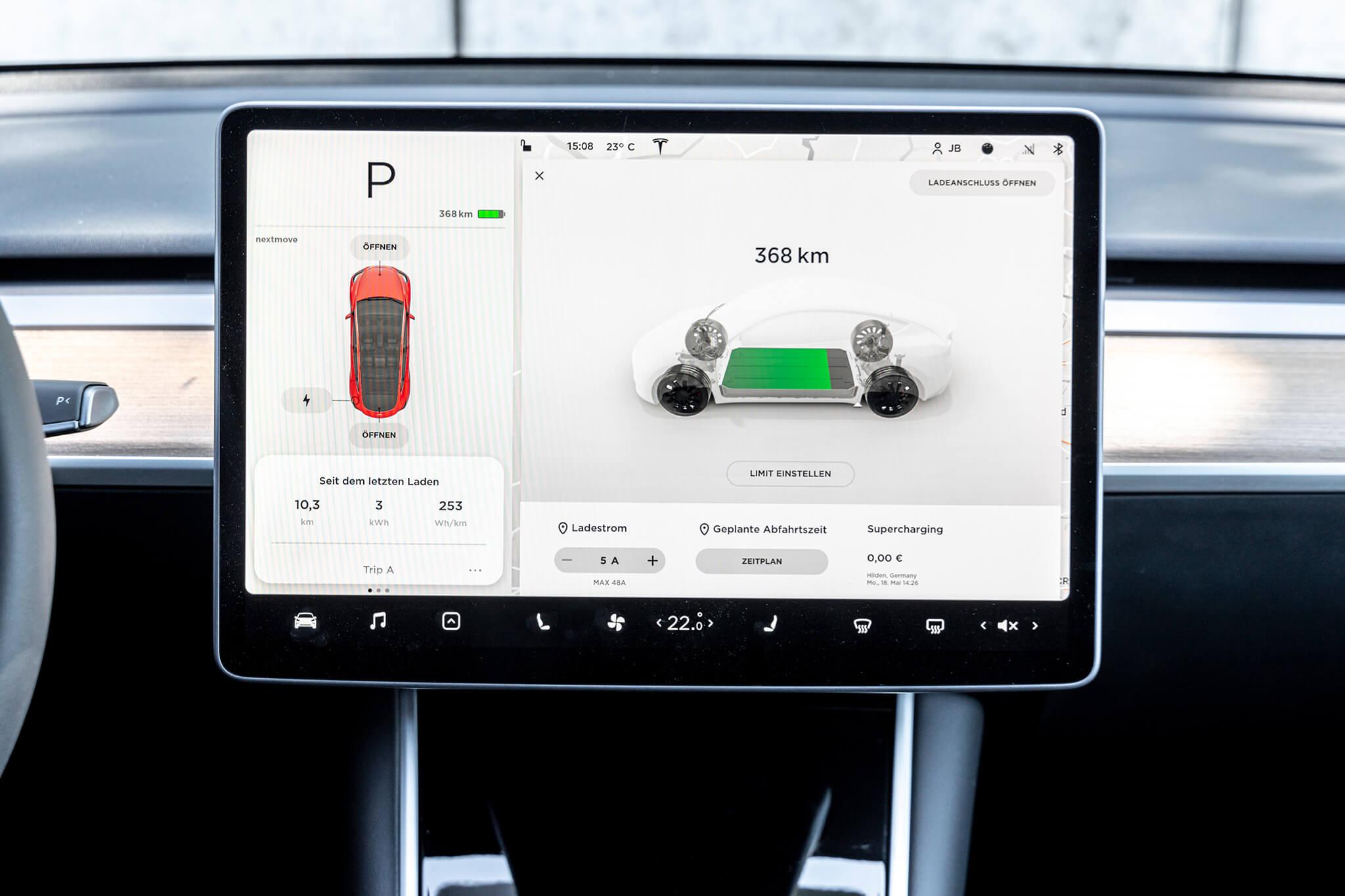 Sistema de info-entretenimento Tesla