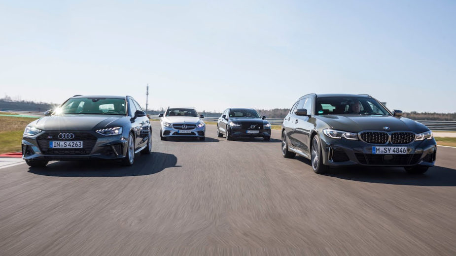 Audi S4 Avant, BMW M340i Touring, Mercedes-AMG C 43 Station, Volvo V60 T8 Polestar Engineered