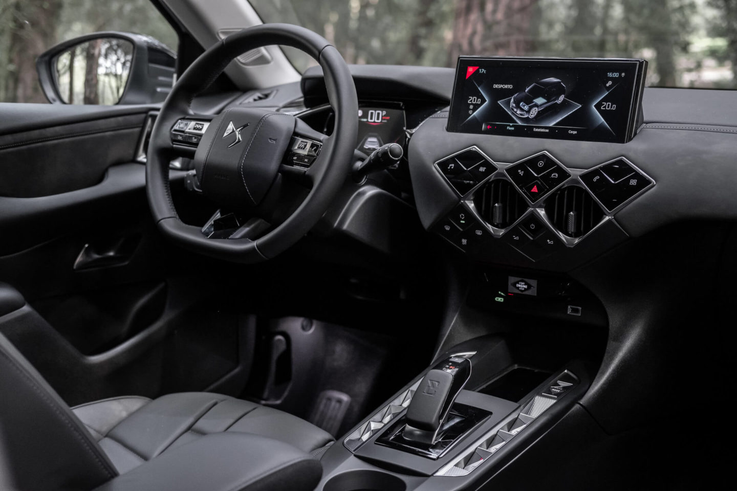 Interior do DS 3 Crossback E-Tense