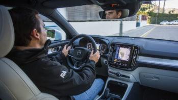 Guilherme a conduzir Volvo XC40
