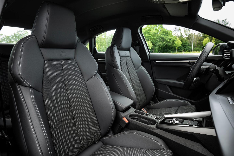 bancos dianteiros Audi A3 Limousine 35 TFSI