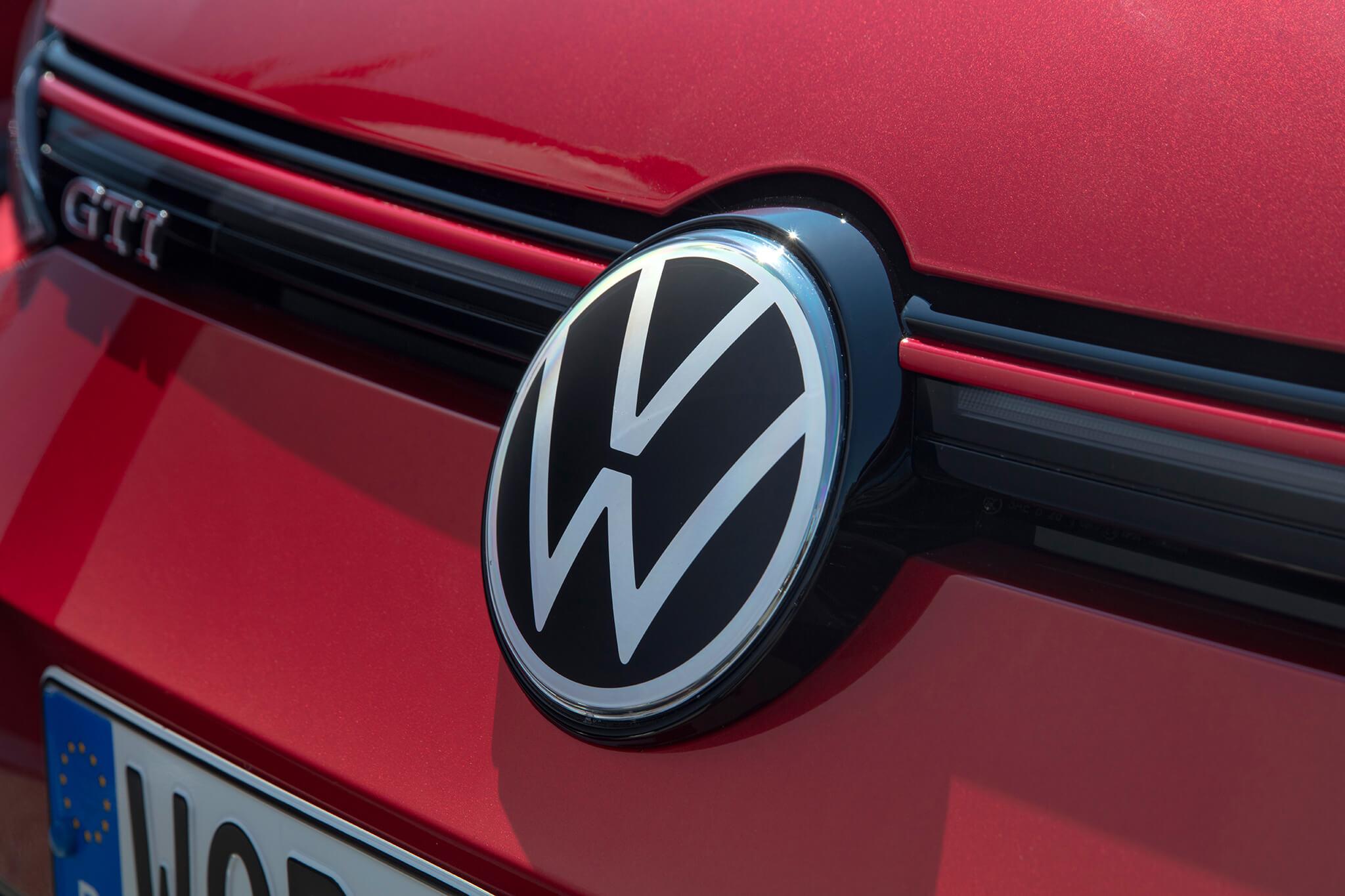 Pormenor símbolo VW