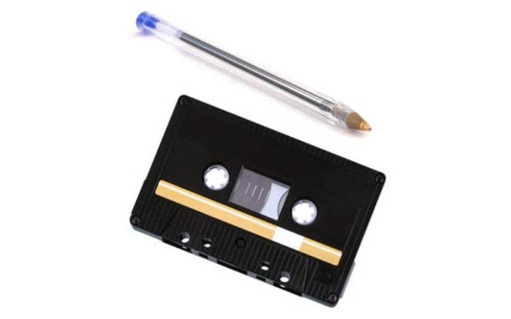 Cassete e caneta