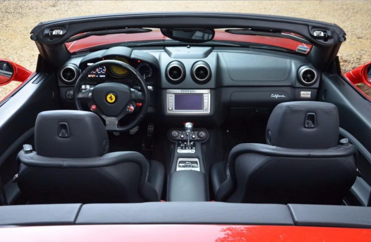 Ferrari California caixa manual