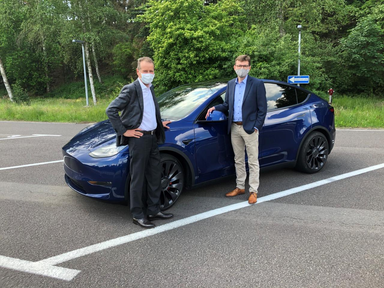 Herbert Diess e Tesla Model Y