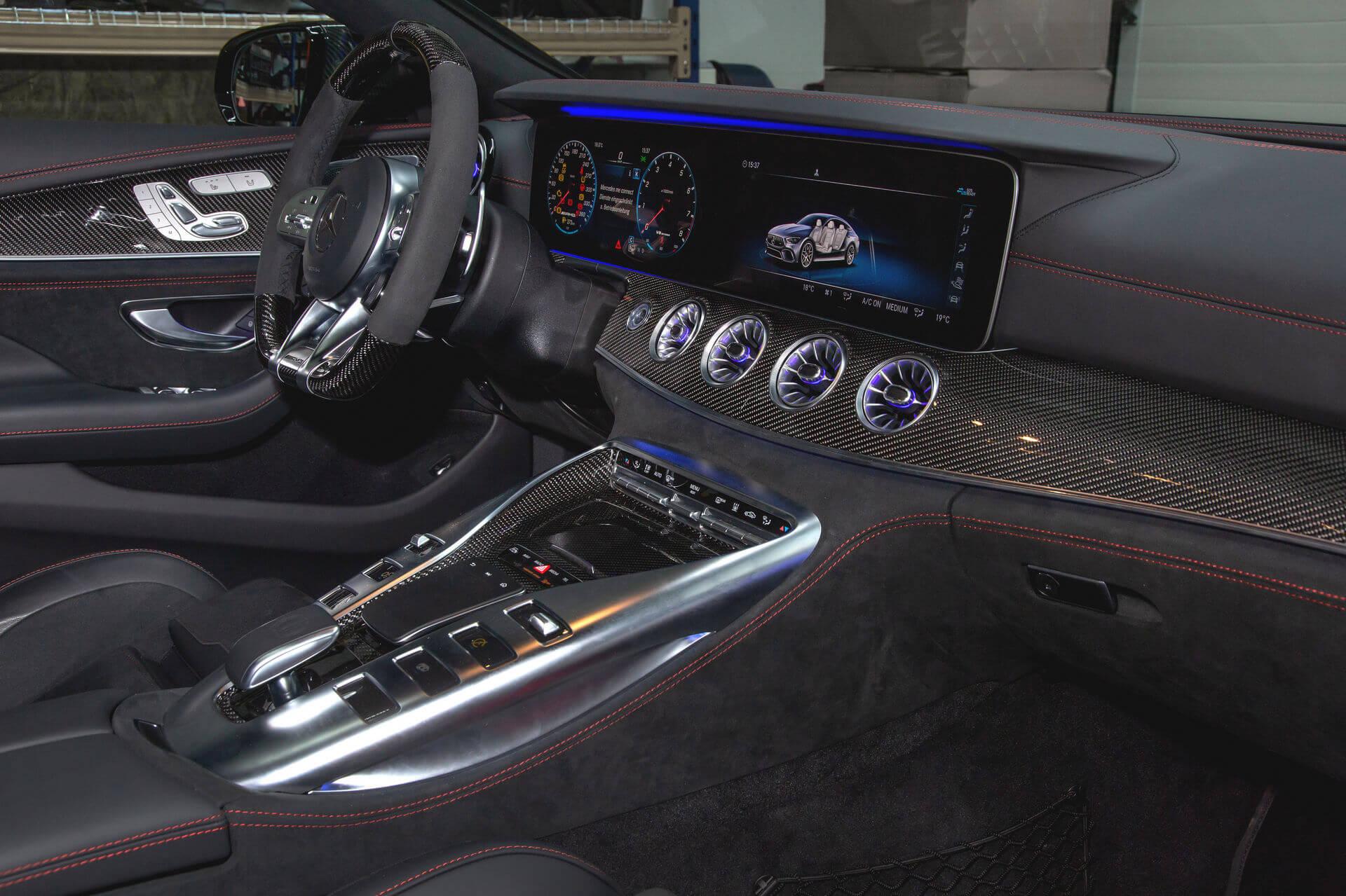 Posaidon Mercedes-AMG GT 4 portas