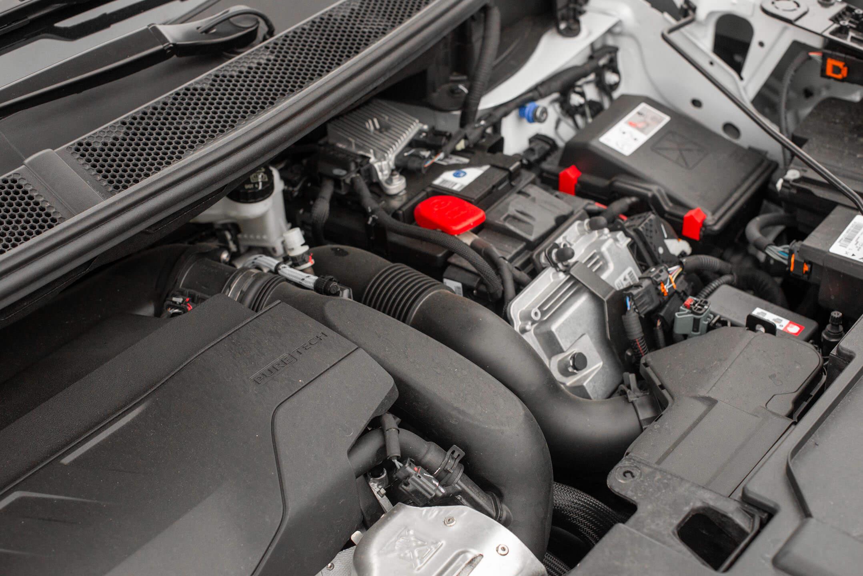 Motor 1.6 PureTech mais motor elétrico