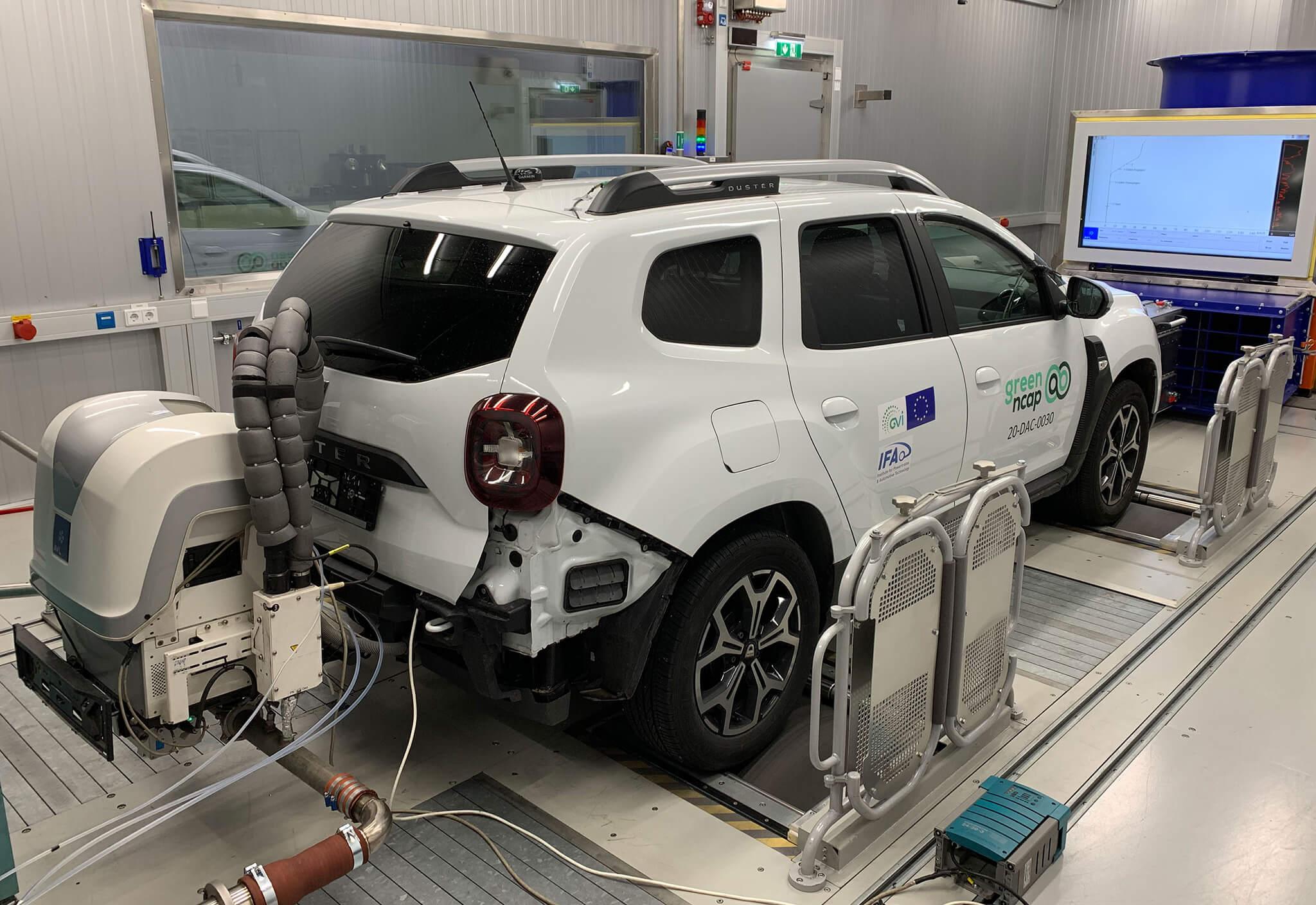 Dacia Duster Green NCAP