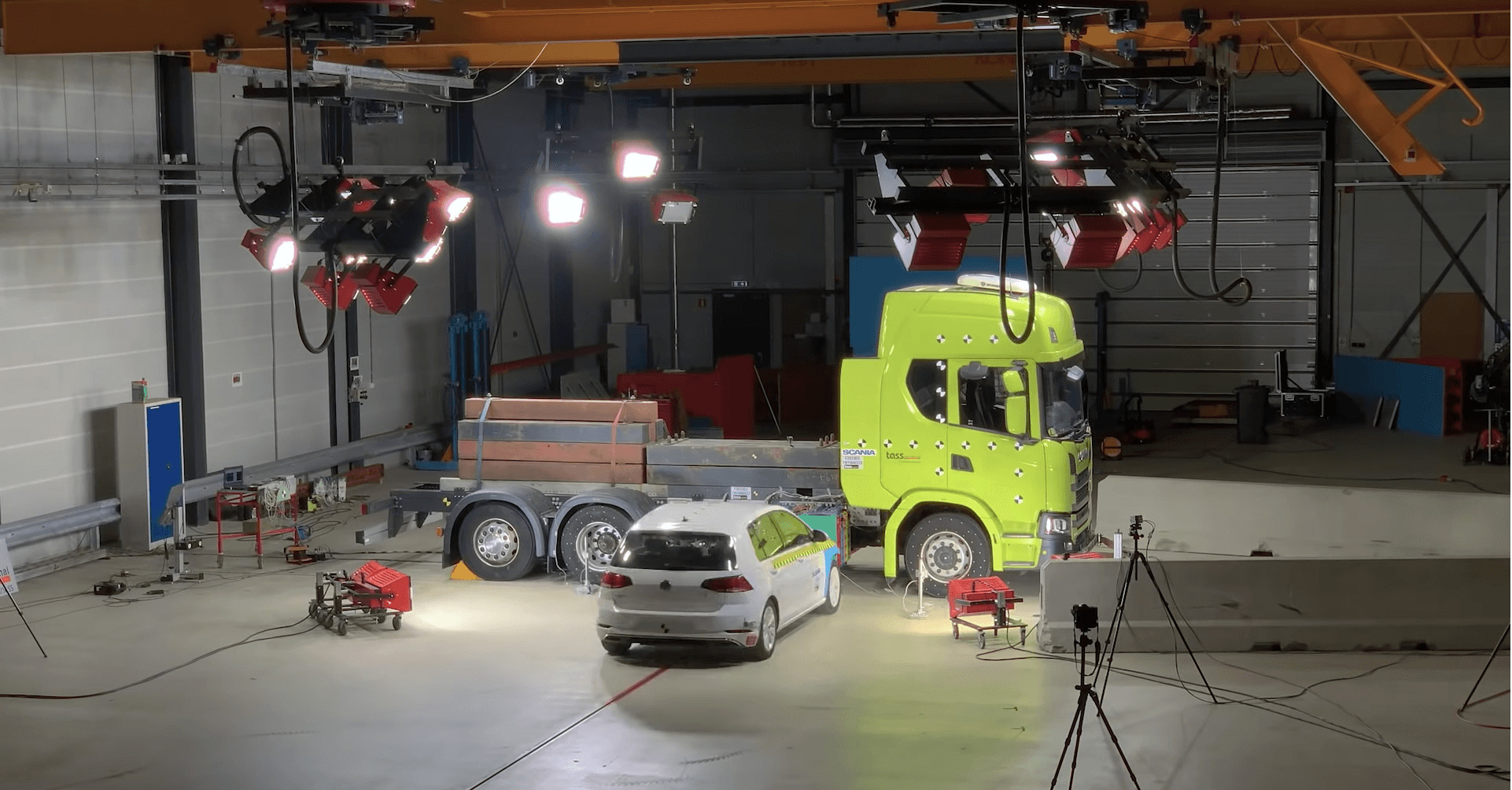Scania crash test